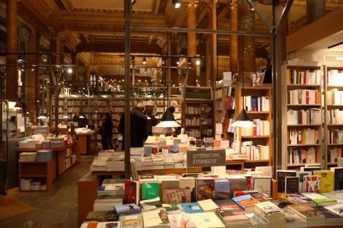 librairie tropisme.jpg