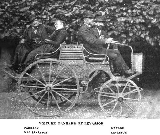 Panhard,_Lavassor_et_Mayade_en_1892